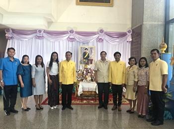 คณะผู้บริหารโรงเรียนสาธิตฯ ถวายแจกันดอกไม้และลงนามถวายพระพร พระเจ้าวรวงศ์เธอ พระองค์เจ้าโสมสวลี พระวรราชาทินัดดามาตุ ณ โรงพยาบาลจุฬาลงกรณ์ สภากาชาดไทย